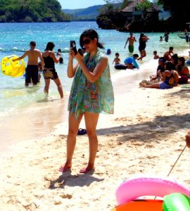 filipina beauty on raymen beach guimaras