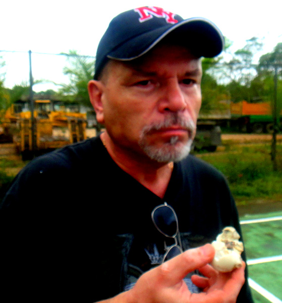 The Kano eating balut in the Philippines