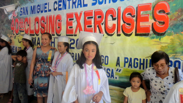 Den Den, 40th Closing Exercises San Miguel Central School in Guimaras