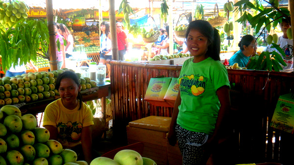 Cute Mango Stand Girls at Manggahan Festival