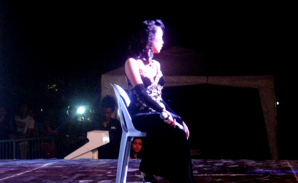 Talent night contestant at Manggahan Festival