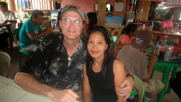 The Tom Cat and LenLen at Lisa's Talabahan in Guimaras