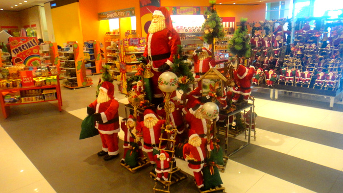 christmas has come to sm city in bacolod city