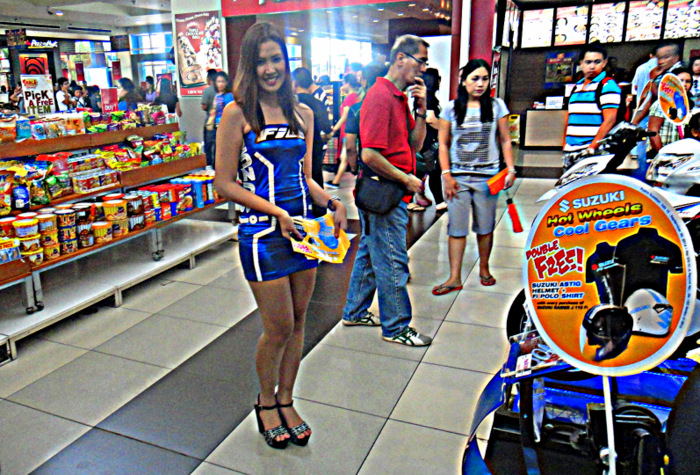 pretty pinay motorcycle model at sm city in bacolod