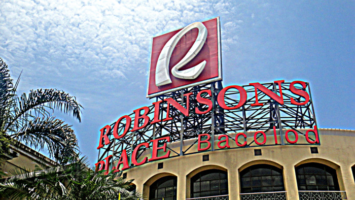 robinsons place in bacolod city