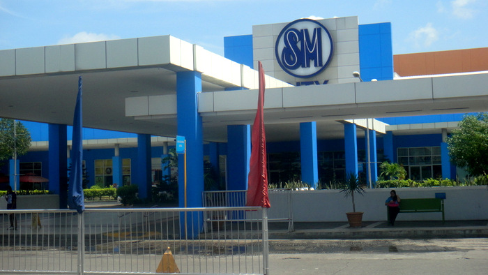 sm city in bacolod city