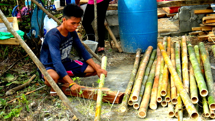 bamboo being shaved in the philippines