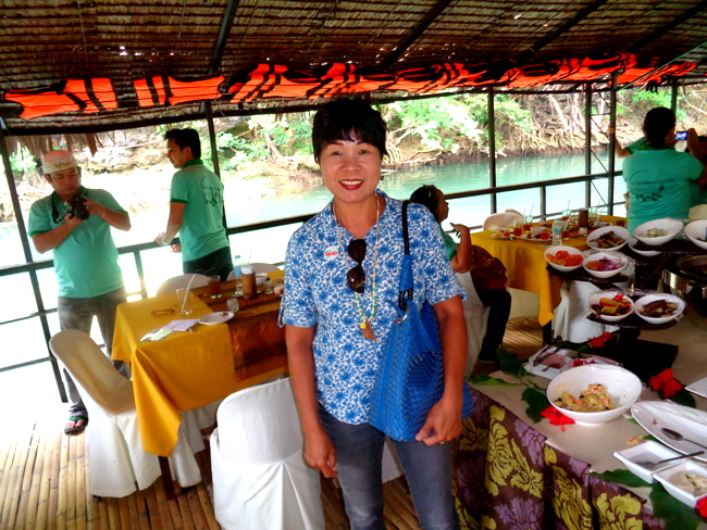 buffet lunch on the loboc river cruise