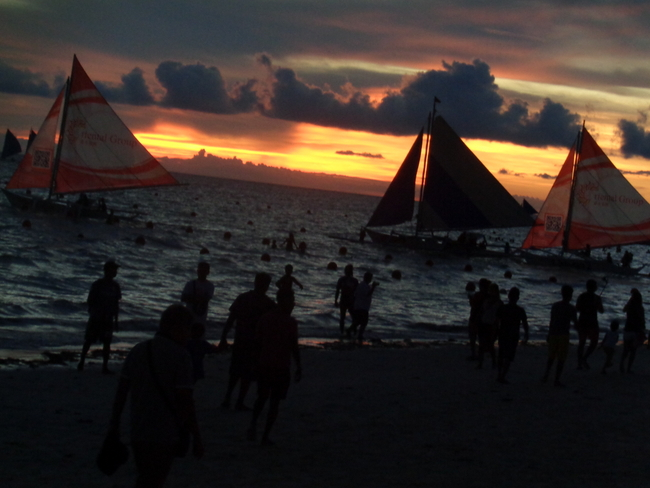 another stunning sunset at boracay