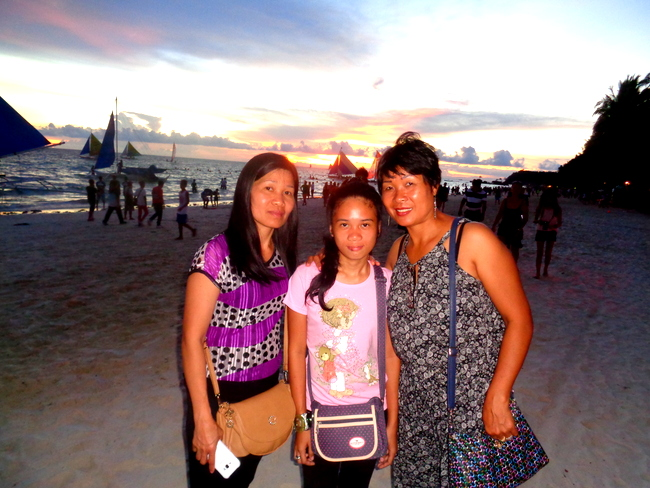 bonding time at sunset on boracay