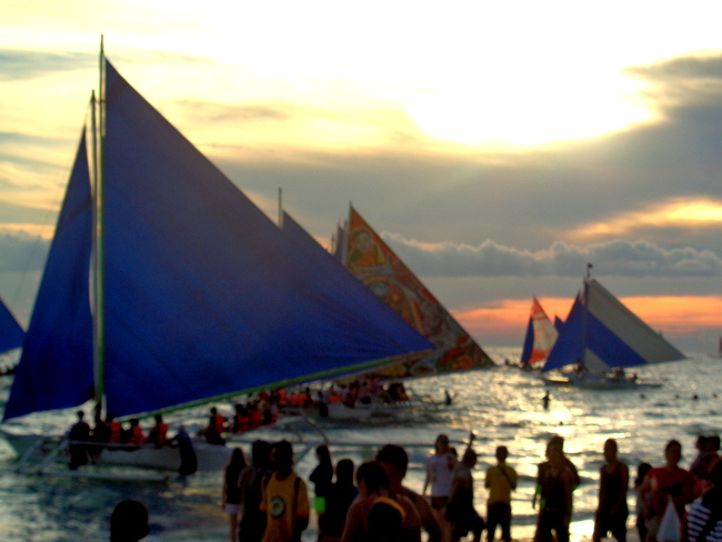 great sunsets at boracay