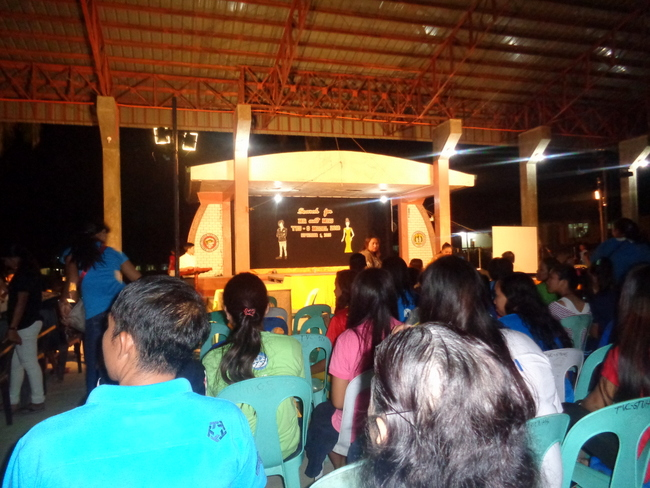 crowd at yes-o-search guimaras