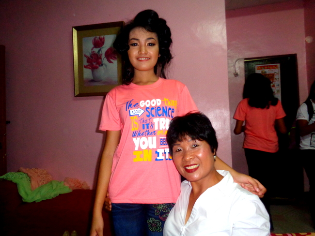 denden and her tita, my lovely asawa