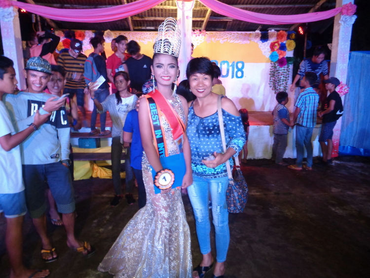The winner and my lovely asawa - Pretty Pinays Populate Philippines Pageant