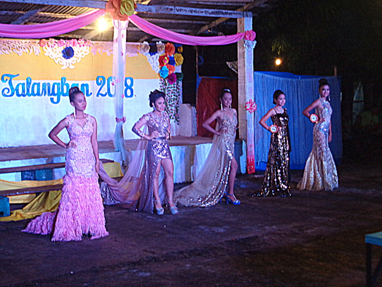 another look at trhe gown competition - Pretty Pinays Populate Philippines Pageant