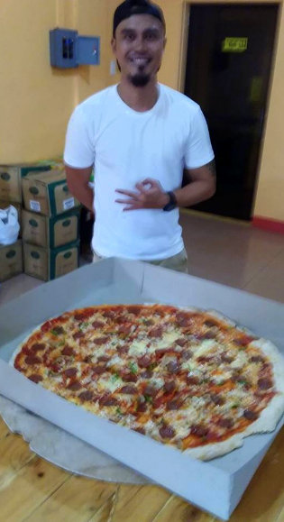 Best pizza in Guimaras - Tansyong, Best Thin-Crust Pizza in Guimaras
