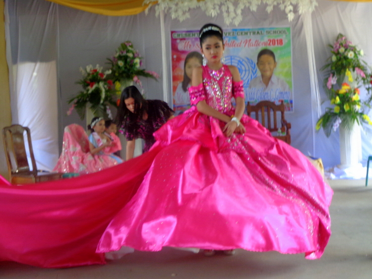 JalAmiel Guimaras Ms United Nations - Guimaras Central School Mr & Ms United Nations