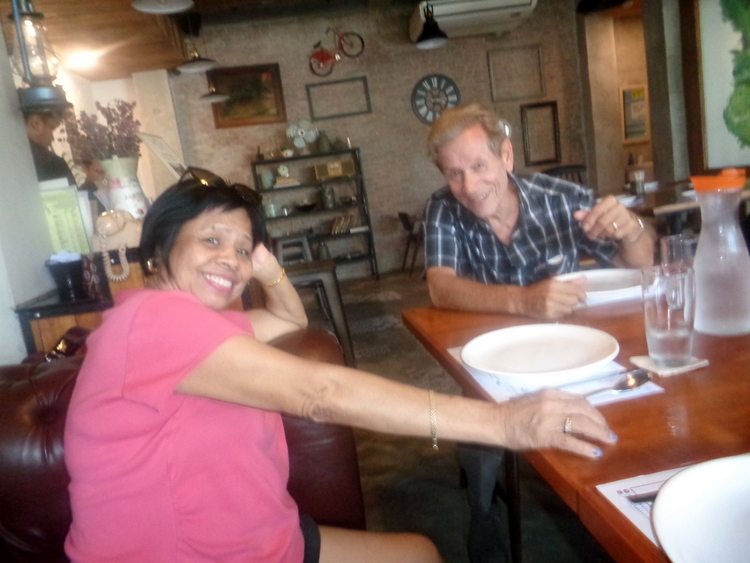 Ate Lorna and Uncle Lou Olivias Kitchen Guimaras - Eight Extreme Guimaras Explorers End their Bacolod Adventure