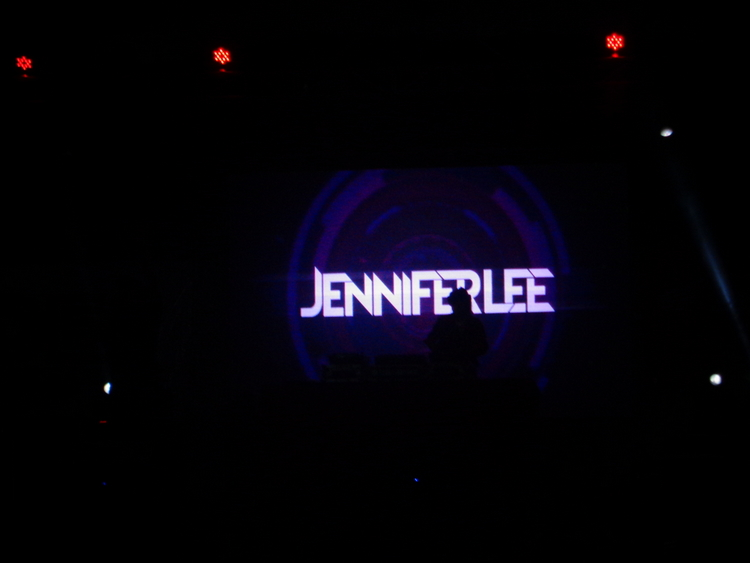 Jennifer Lee DJ Manggahan Festival 2019 1 - Viva Hot Babe DJ Jennifer Lee Rocks Manggahan 2019