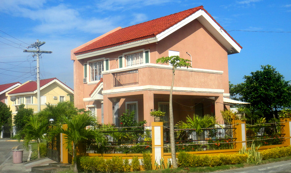 Two Story Home in Savannah Subdivision in Iloilo