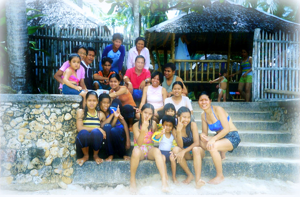 The family at Raymen Beach, October 2000