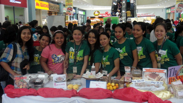 University of Iloilo students at Robinsons