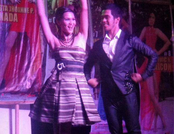 Dancing duo at Manggahan Festival