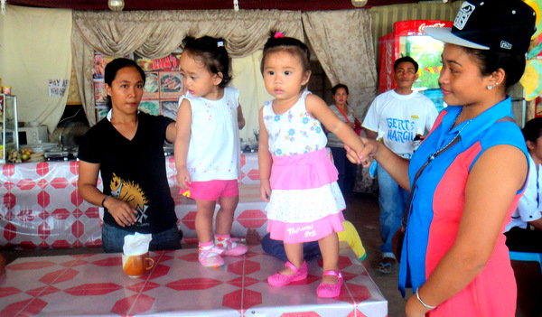 Little dancers at Lisa's Talabahan