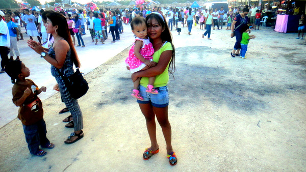 Manggahan Festival Mother and Child