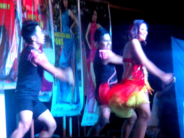 More dancers at Manggahan Festival