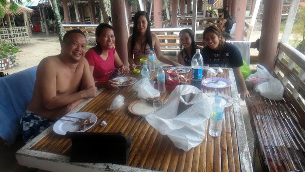 SPI Global crew at Raymen Beach
