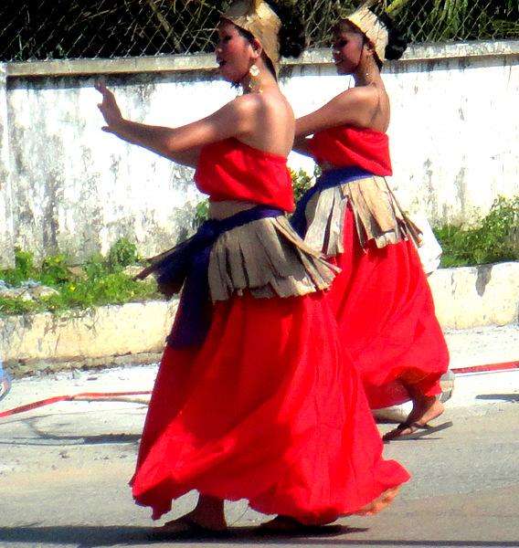 Manggahan Festival dancers