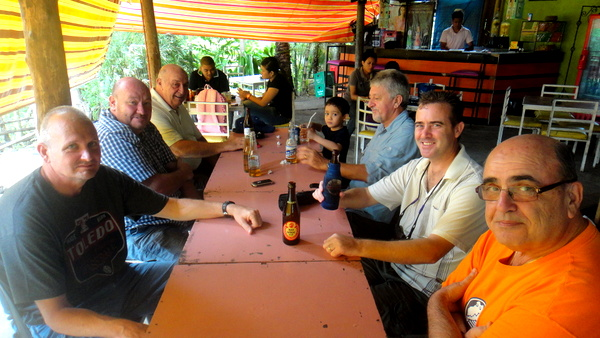 Hanging out with Ameican expats at Langfords