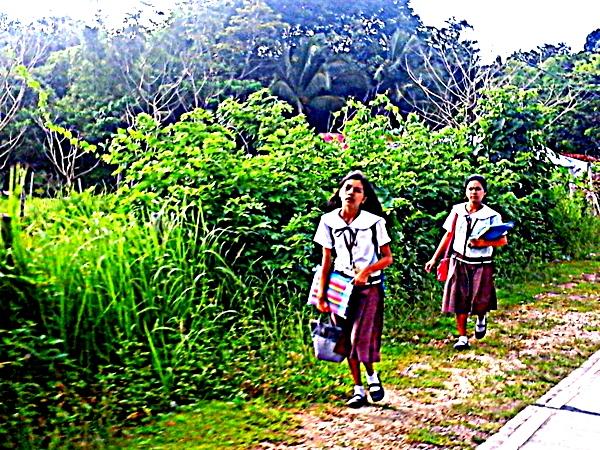 school kids in Guimaras on the way home