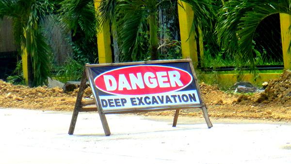 DANGER excavation