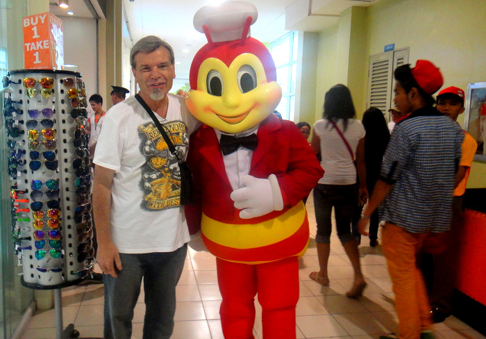 the kano and the jollibee mascot in bacolod city