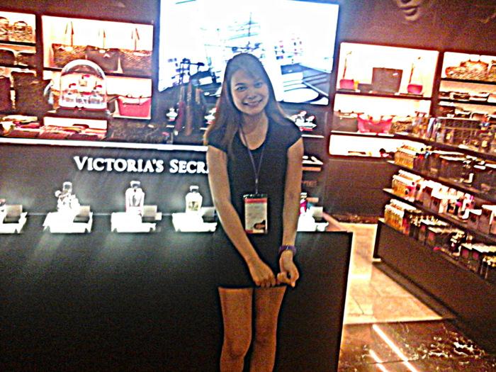 pretty pinay at Victoria's Secret, Terminal 3, Manila