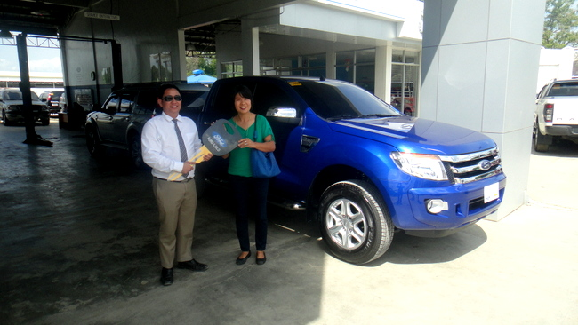 Freddie and my Asawa at Ford Iloilo