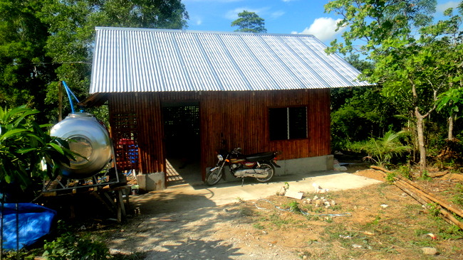 Lolo's Nipa Hut in the Philippines is Completed