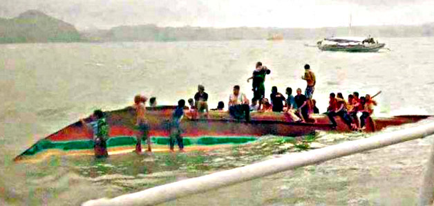 Boat capsizes in Iloilo  dead  missing