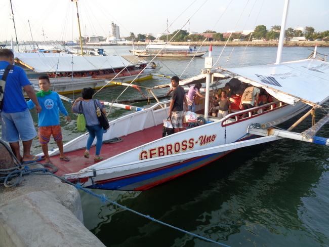 gebross uno pump boat