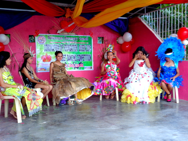 buluangan guimaras elementary school recycled materials project