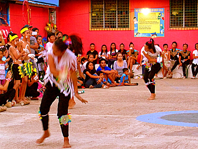 buluangan guimaras fiesta dancers