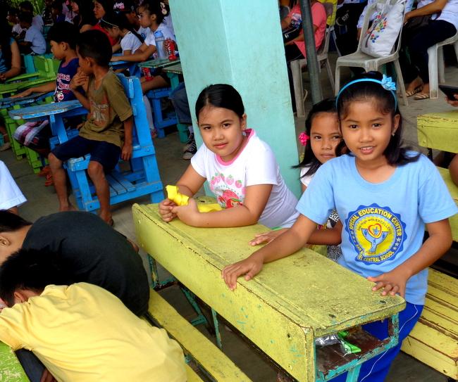 JalAmiel and classmates in Guimaras