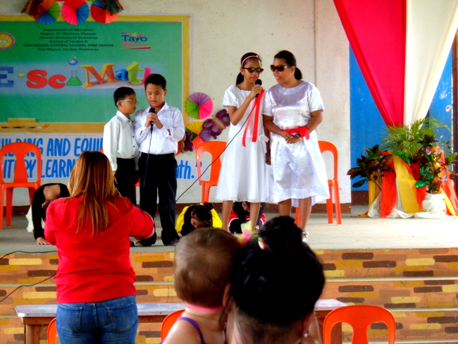 Visually impaired students in Guimaras