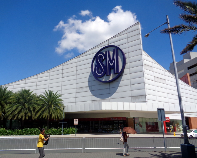 sm mall of asia logo