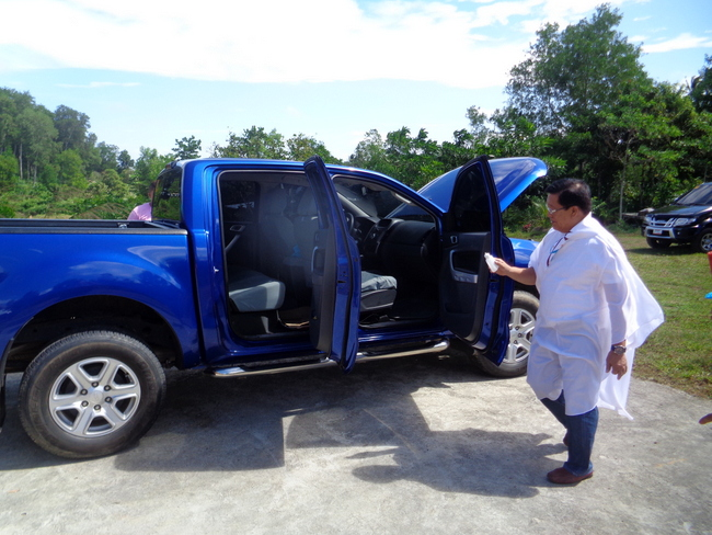 father blesses our ford ranger