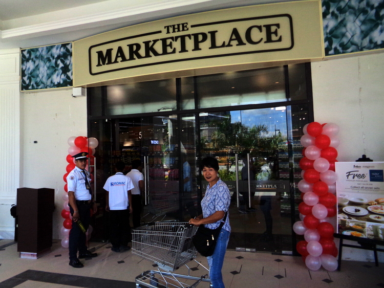 The Marketplace Festive Walk Mall Iloilo Grand Opening